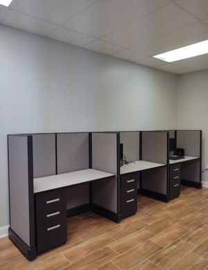 Telemarketing ( HERMAN MILLER ) call center 3 cubicles with 3 drawer pedestals for Sale in BVL, FL