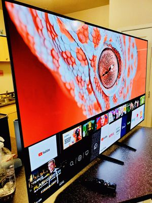 "LG 65"" OLED C8 4K UHD SMART TV - 240HZ HDR ULTIMATE - SUPER THIN AND AMAZING COLORS! IN BOX for Sale in Scottsdale, AZ"