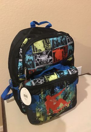 Backpack and matching Lunch box. Brand New for Sale in Glendale, AZ