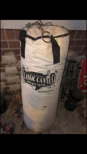 Classic canvas 80lb punching bag for Sale in Lawrenceville, GA