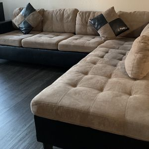 """Sectional RAF Chaise"""" for Sale in San Jose, CA"""