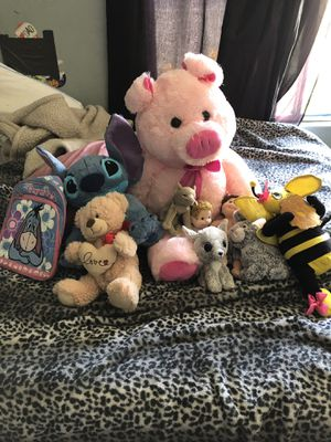 Free plush dolls and backpack for Sale in Los Angeles, CA