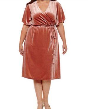 Plus Size Blush Wrap Dress for Sale in El Monte, CA