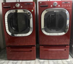 LG Set Front Load Washer and Dryer Electric for Sale in Phoenix, AZ
