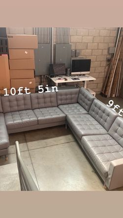 Gray Leather Sectional Couch for Sale in Glendale,  CA
