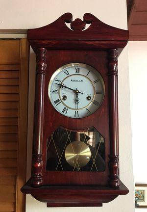 Vintage antique clock for Sale in Miami, FL