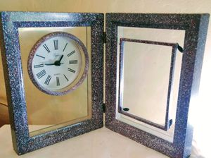 Desk clock and photo frame for Sale in Medford, OR