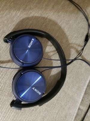 Sony wired headphones for Sale in Kissimmee, FL