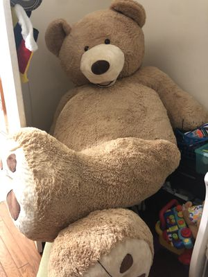Raally big teddy bear for Sale in Annandale, VA