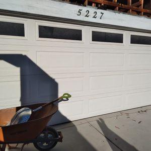 Puerta De Garage for Sale in Commerce, CA