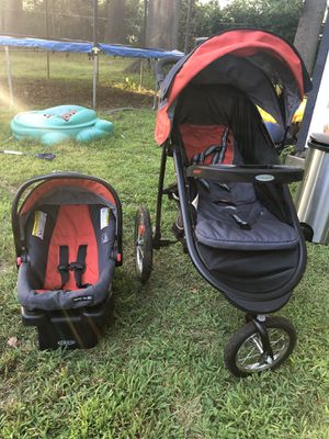 Graco Jogger Stroller and matching baby bag for Sale in Cherry Hill, NJ