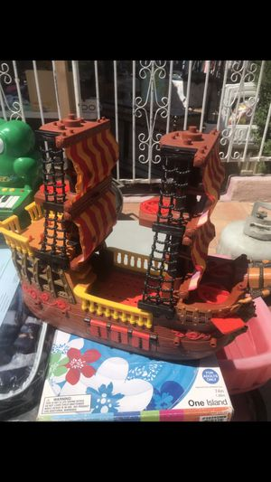 Barco Pirata for Sale in Avocado Heights, CA