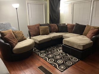 HAVERTYS PLUSH USED MOCHA SMALL 3PC SECTIONAL & REVOLVING CHAIR $399 OBO...ALL OFFERS WELCOME!! for Sale in Decatur, GA