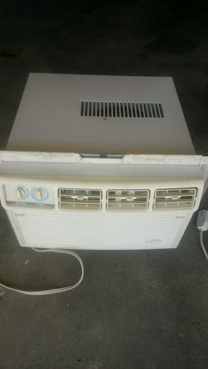 Whirlpool window insert AC unit for Sale in Woonsocket, RI