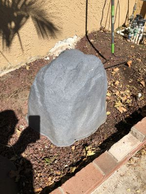 Hollow landscape rock! 24x20x18 for Sale in Rancho Cucamonga, CA