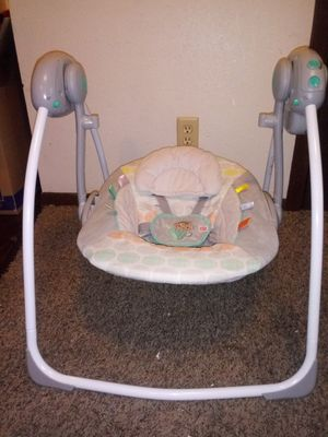 Baby Swing for Sale in Peoria, IL