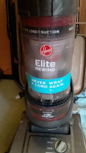 Hoover Elite Rewind vacuum for Sale in Phoenix, AZ