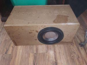 Es una bosina 10 diamen pega duro. Its a speaker 10 diamen it bangs hard. for Sale in Houston, TX