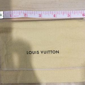 Louis Vuitton Dust Bag for Sale in Algonquin, IL