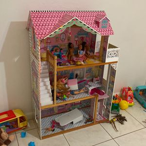 Barbie House Furniture But No Barbies. Barbies Not Included for Sale in Fort Lauderdale, FL