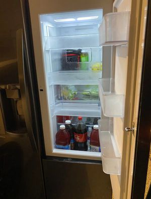 LG Refrigerator with Easy Access Door for Sale in Las Vegas, NV