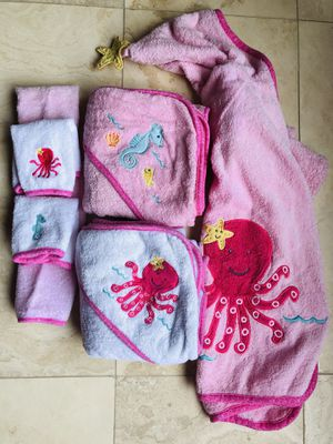 Baby Towels, wash cloths, & bath robe for Sale in Payson, AZ
