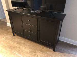 Espresso Dresser, Makes a Great Stand Too, Mint Condition for Sale in Tampa, FL