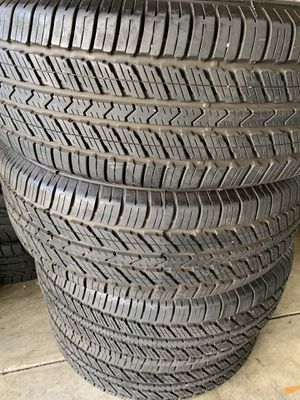 $400 FIRM! Toyo A30 Tires 265/65/17 like new for Sale in Sylmar, CA