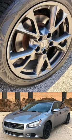 Reduced$1200 Nissan Maxima for Sale in Fayetteville, NC