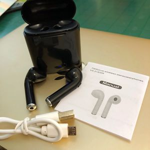 Bluetooth Headphones w Charger (New) for Sale in Houston, TX