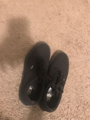 Black low top vans size 4 for Sale in Boynton Beach, FL