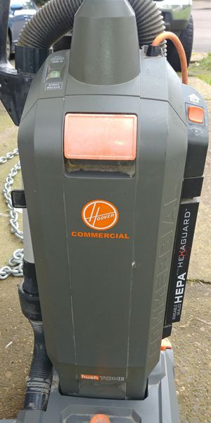 Hoover commercial vacuum for Sale in Newberg, OR