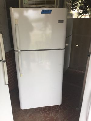 Frigidaire refrigerator/ 90 day warranty/ delivery available for Sale in Durham, NC