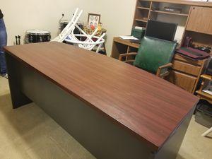 Desk for Sale in Hoover, AL