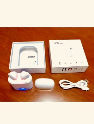 Wireless earbuds - headphones - white - AirPod style! Pickup in Elizabeth or shipped out for Sale in Elizabeth, NJ