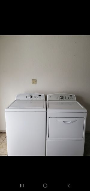 SET WASHER AND DRYER KENMORE EXCELENT CONDITION BOTH ELECTRIC LARGE CAPACITY for Sale in Fort Worth, TX