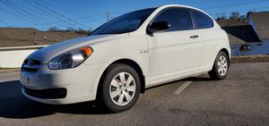 CLEAN TITLE 2009 HYUNDAI ACCENT LOW MILEAGE GAS SAVER for Sale in Hermitage, TN
