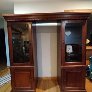 China Cabinet, Shelf, Wood Shelf for Sale in Silver Spring, MD