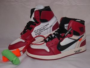 Jordan 1 Retro High Off-White Chicago Sz 9.5 for Sale in Cleveland, OH
