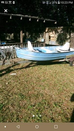 14ft aluminum boat w/trailer for Sale in Milton, FL