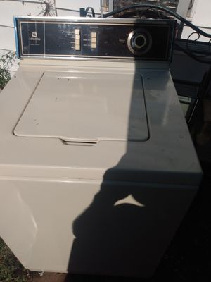 Maytag large-capacity washer for Sale in Wichita Falls, TX