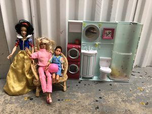Vintage Barbie Snow White whisker chair playset dolls for Sale in Hollywood, FL