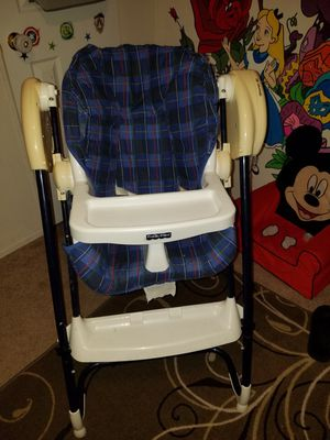 Fisher price swing highchair combo for Sale in O'Fallon, MO