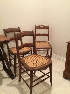 Set of 3 Chairs antique for Sale in Las Vegas, NV