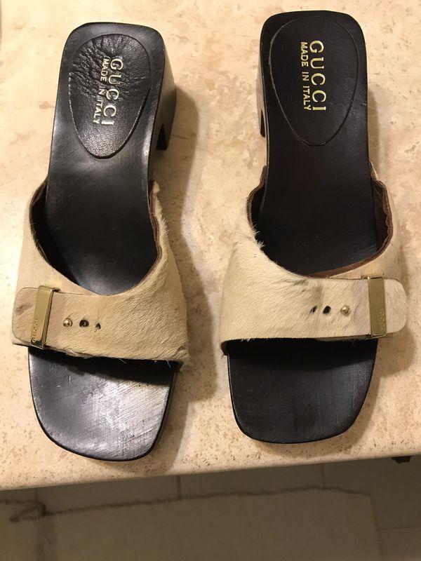 Gucci sandals (tan pony hair slides) size 35.5 (5.5)