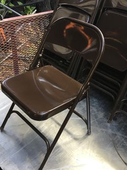 Heavy duty metal chairs folding excellent condition $12 each for Sale in Mulberry,  FL