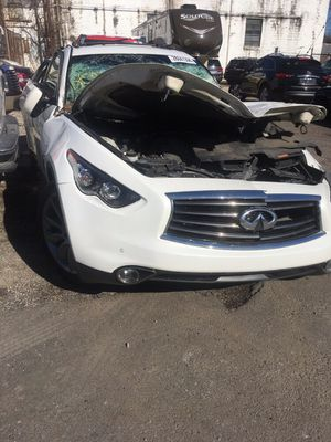 INFINITI PARTS FX37, QX70 for Sale in Jenkintown, PA
