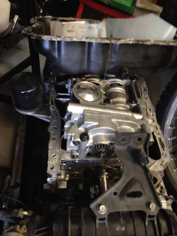 2007 Hyundai. 2.4 complete engine part out