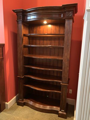 Lighted Bookshelves (quantity of 2) for Sale in Akron, OH