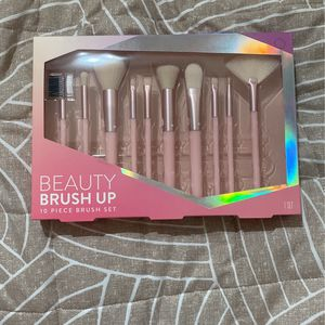 New Makeup Brushes for Sale in Costa Mesa, CA